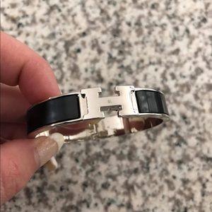 New black Hermès bracelet